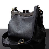 Сумки и аксессуары handmade. Livemaster - original item Black leather crossbody clasp bag trend 2021. Handmade.