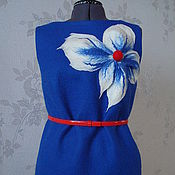 Одежда ручной работы. Ярмарка Мастеров - ручная работа Дизайнерское платье,валеное,  цвет - василек, с большим цветком. Handmade.