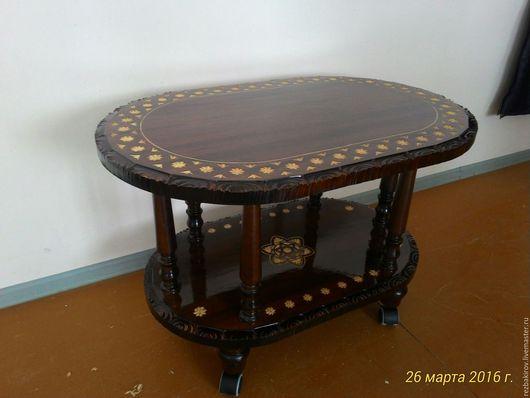 Мебель ручной работы. Ярмарка Мастеров - ручная работа. Купить Журнальный стол ручной работы с резьбой из массива липы. Handmade.
