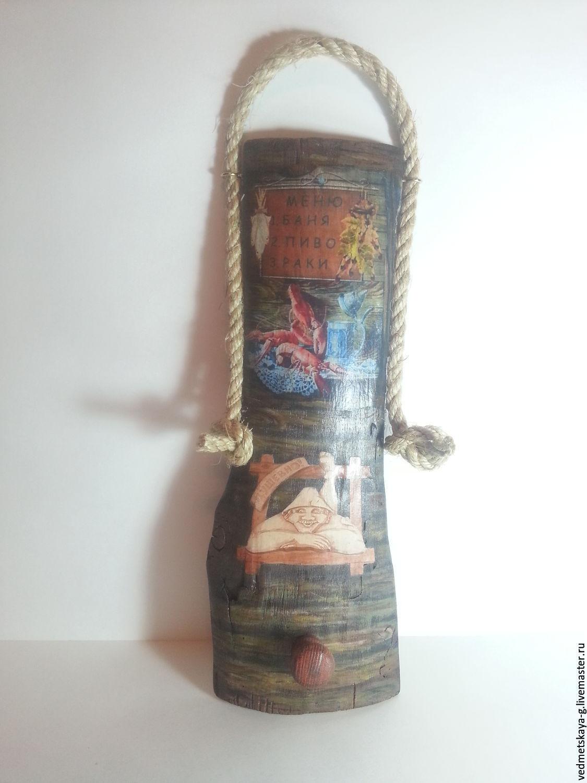 Вешалки для бани из дерева