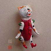 Куклы и игрушки ручной работы. Ярмарка Мастеров - ручная работа Счастливый трехцветный кот, lucky neko, сувенирная фигурка. Handmade.