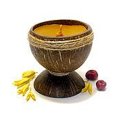 """Сувениры и подарки ручной работы. Ярмарка Мастеров - ручная работа Свеча """"Медовый Кокос"""", свеча из пчелиного воска в кокосовой скорлупе. Handmade."""