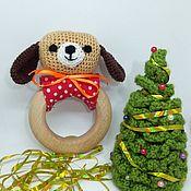 Куклы и игрушки ручной работы. Ярмарка Мастеров - ручная работа Погремушка на деревянном кольце Щенок. Handmade.