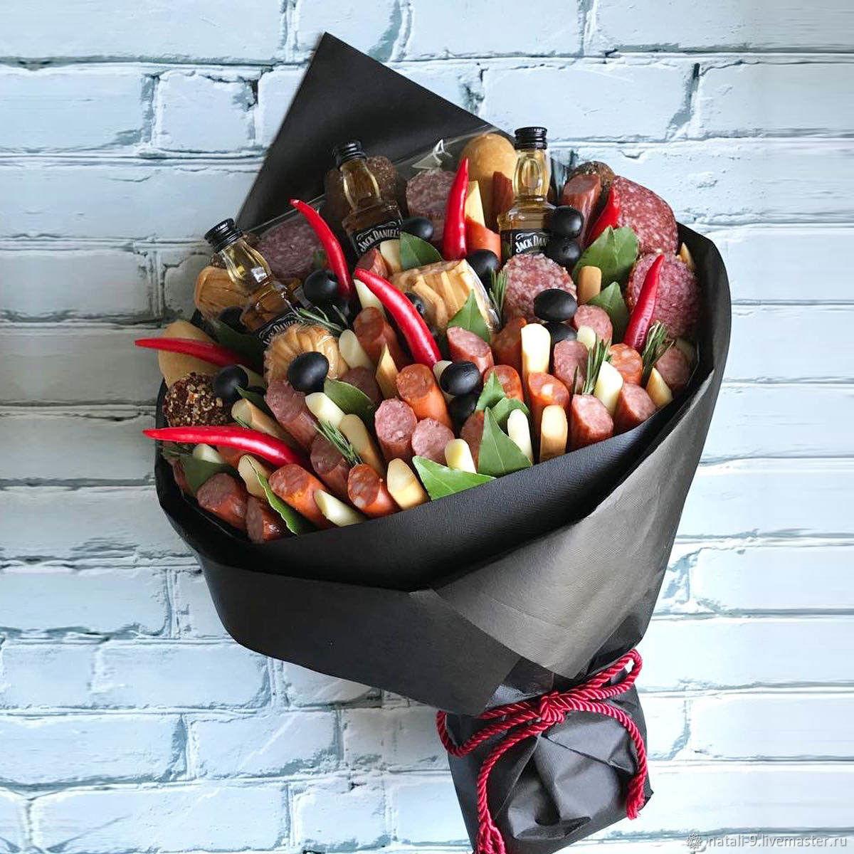Мужские букеты – оригинальный съедобный подарок