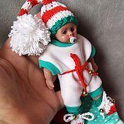 Куклы Reborn ручной работы. Ярмарка Мастеров - ручная работа Кукла из силикона в новогоднем костюме  12 см Костик, анатомический. Handmade.