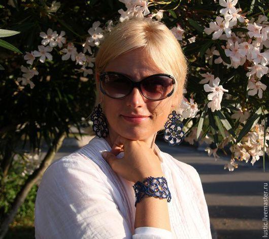 Серьги ручной работы. Ярмарка Мастеров - ручная работа. Купить Кружевные серьги «Таинственный цветок» (тёмно-синие, серебристые). Handmade.