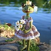 Куклы и игрушки ручной работы. Ярмарка Мастеров - ручная работа Лягушка, почти царевна. Handmade.