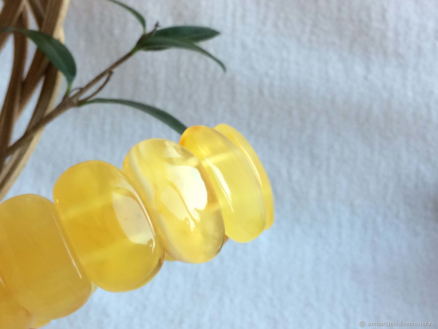 Bracelet from the plates solid Baltic amber, 18,7 g, color is honey, Bead bracelet, Kaliningrad,  Фото №1