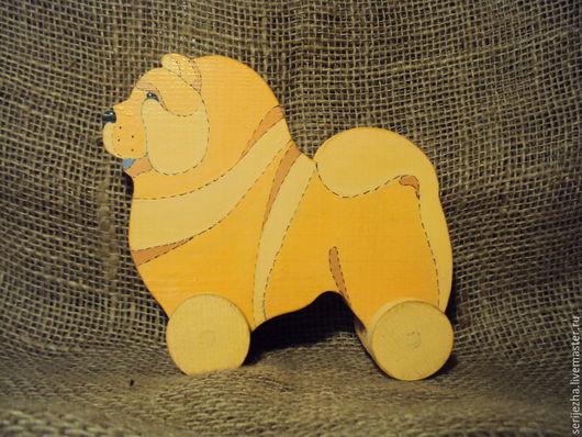 Собака-каталка Чау-чау декорированная (большая), деревянная игрушка ручной работы.