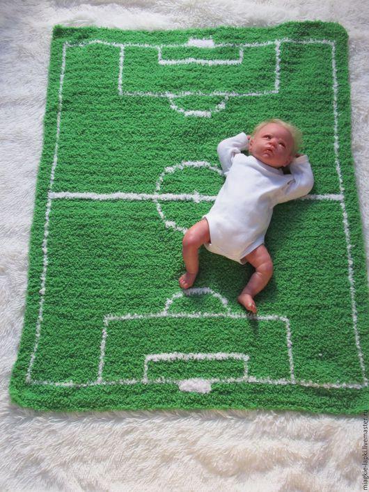 """Пледы и одеяла ручной работы. Ярмарка Мастеров - ручная работа. Купить """"Футбольное поле""""- одеяло. Handmade. Зеленый, футбольное поле"""