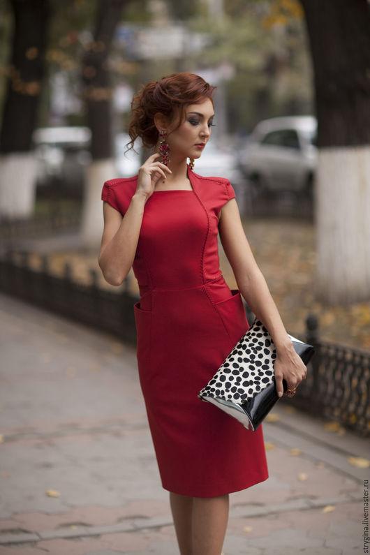 Платья ручной работы. Ярмарка Мастеров - ручная работа. Купить Deccolo red. Handmade. Ярко-красный, офисное платье