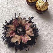 Брошь-булавка ручной работы. Ярмарка Мастеров - ручная работа Брошь цветок из ткани Капуччино мини. Handmade.