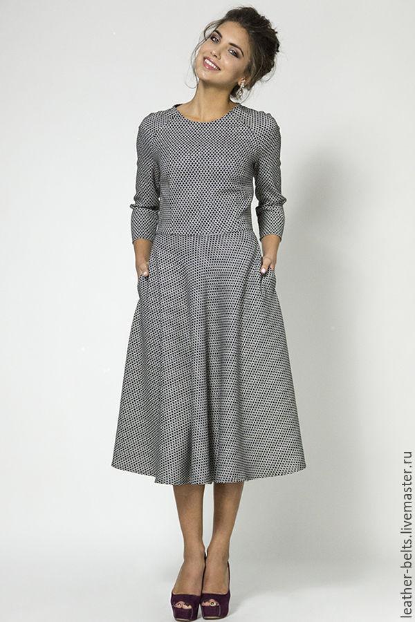 Шитые теплые платья