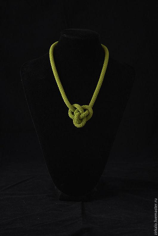 """Колье, бусы ручной работы. Ярмарка Мастеров - ручная работа. Купить Колье """"Кельтское сердце"""". Handmade. Оливковый, науз"""