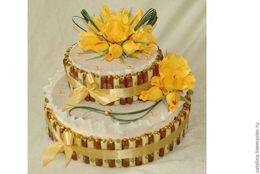 Кулинарные сувениры ручной работы. Ярмарка Мастеров - ручная работа. Купить Торт из конфет. Handmade. Желтый, сладкий подарок