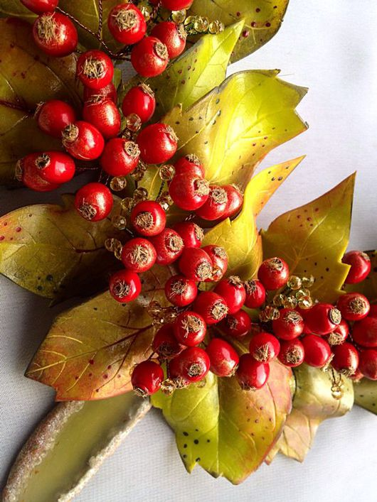 """Колье, бусы ручной работы. Ярмарка Мастеров - ручная работа. Купить """"Теплая осень"""" Колье. Handmade. Осень, красные ягоды"""