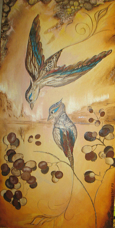 Верх картины . птиц стремится к своей второй половинке присесть на веточку.