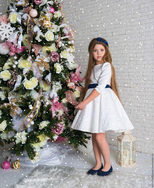 Одежда для девочек, ручной работы. Ярмарка Мастеров - ручная работа. Купить Платье жаккардовое с пышным подъюбником с синей отделкой. Handmade.