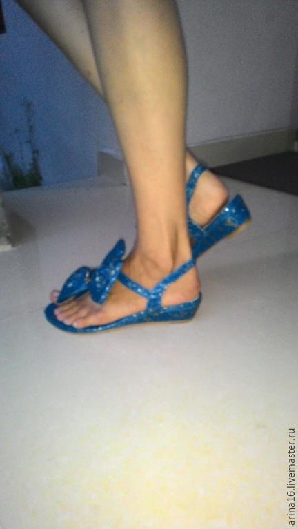 Обувь ручной работы. Ярмарка Мастеров - ручная работа. Купить Босоножки с бантом. Handmade. Синий, босоножки женские, сандалии из кожи