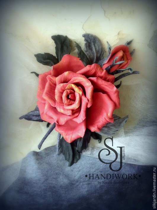"""Броши ручной работы. Ярмарка Мастеров - ручная работа. Купить ЦВЕТЫ ИЗ КОЖИ  """"Роза с бутоном"""". Handmade. Розовый"""