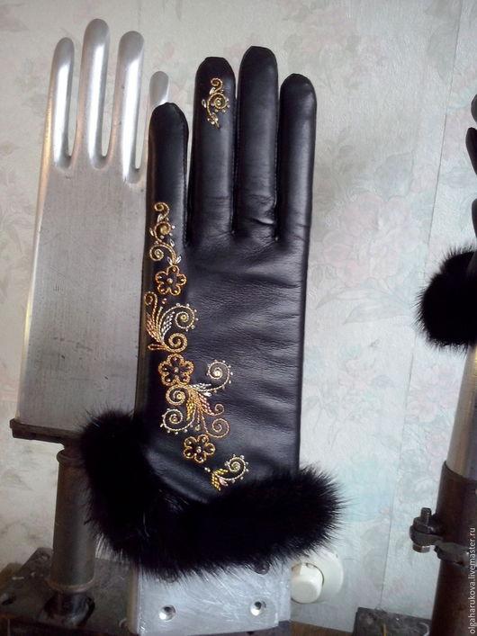 Варежки, митенки, перчатки ручной работы. Ярмарка Мастеров - ручная работа. Купить Перчатки кожаные с опушкой. Handmade. Черный, орнамент