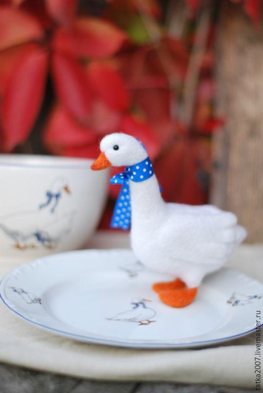 """Игрушки животные, ручной работы. Ярмарка Мастеров - ручная работа. Купить Валяная игрушка """" Гусь"""". Handmade. Белый, тарелки"""