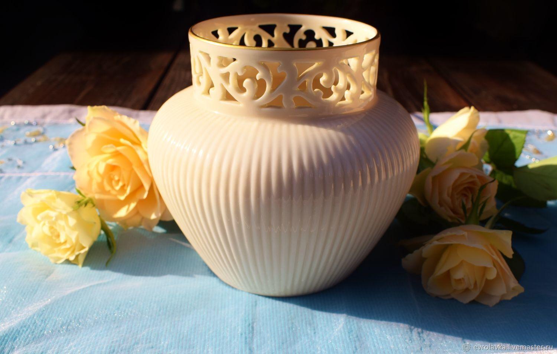 Lenox.(  USA.)  Vintage vase made of slotted porcelain, Vintage interior, Trier,  Фото №1