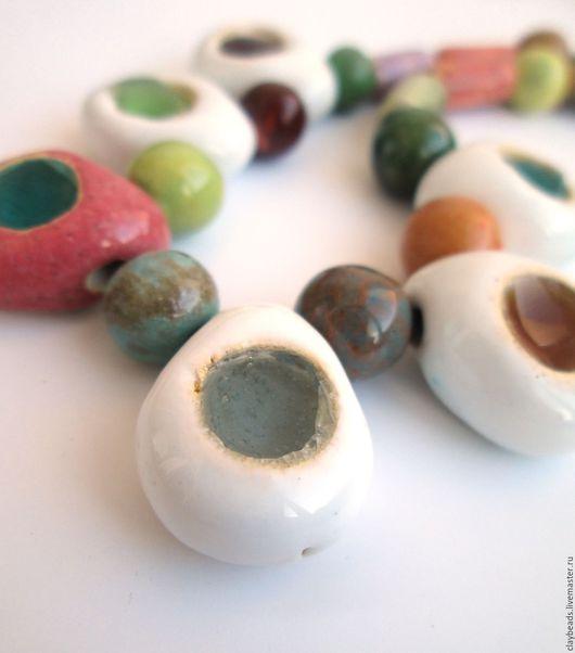 """Колье, бусы ручной работы. Ярмарка Мастеров - ручная работа. Купить Керамические бусы-ожерелье """"Alice"""". Handmade. Керамика, разноцветный"""