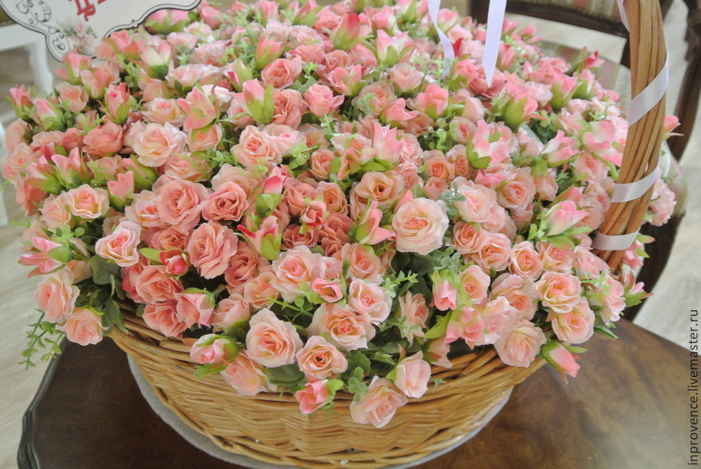 Розы мелкие цветы