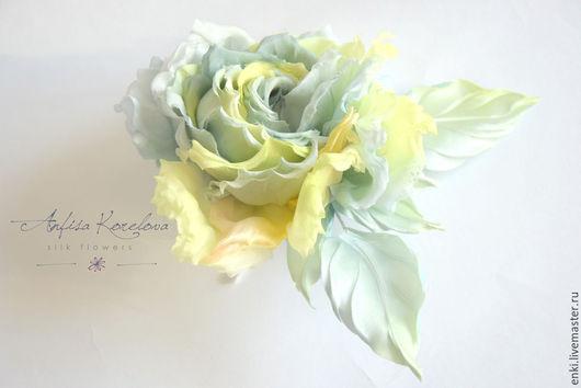 Броши ручной работы. Ярмарка Мастеров - ручная работа. Купить Брошь-цветок Роза из шелка Лимон и Шалфей.Дизайнерский аксессуар.. Handmade.
