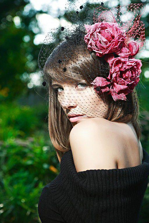 Свадебные украшения ручной работы. Ярмарка Мастеров - ручная работа. Купить Заколка розы из шелка. Handmade. Брошь цветок