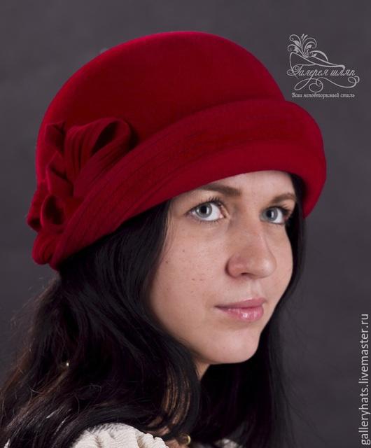Шляпы ручной работы. Ярмарка Мастеров - ручная работа. Купить Шляпа-Эмилия  из велюра. Handmade. Ярко-красный, фетровые шляпы