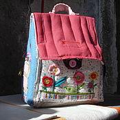 Куклы и игрушки ручной работы. Ярмарка Мастеров - ручная работа домик -сумка для куклы. Handmade.