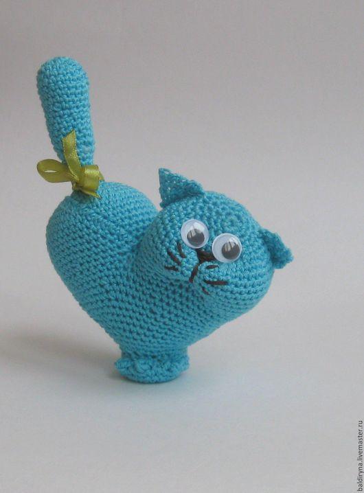 Игрушки животные, ручной работы. Ярмарка Мастеров - ручная работа. Купить Вязаная игрушка кот Валентин голубой. Handmade.