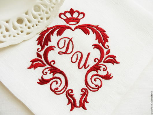 Салфетка с Вышивкой  `Вензель Медичи` от А до Я `Шпулькин дом` мастерская вышивки