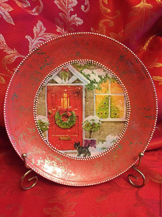 Новый год 2017 ручной работы. Ярмарка Мастеров - ручная работа. Купить Тарелка декоративная,новогодняя.. Handmade. Ярко-красный