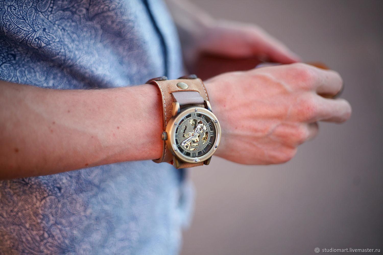 Наручные часы Twice Antic