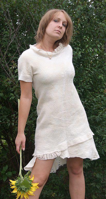 """Платья ручной работы. Ярмарка Мастеров - ручная работа. Купить платье """"БЕЛЫЙ КРЕМ"""". Handmade. Белый, валяние из шерсти, шерсть"""