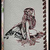 """Канцелярские товары ручной работы. Ярмарка Мастеров - ручная работа """"На грани снов..."""" обложка на паспорт. Handmade."""
