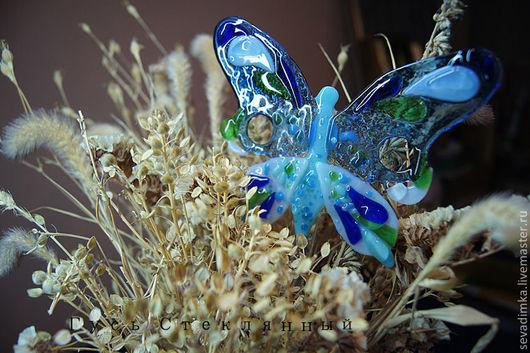 Украшения для цветов ручной работы. Ярмарка Мастеров - ручная работа. Купить Бабочка. Стекло. Фьюзинг.. Handmade. Голубой, стекло фьюзинг