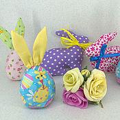 Куклы и игрушки ручной работы. Ярмарка Мастеров - ручная работа Пасхальные кролики и яйца-зайки. Handmade.