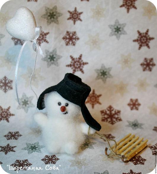 Сказочные персонажи ручной работы. Ярмарка Мастеров - ручная работа. Купить Снеговик Лёха. Handmade. Белый, валяние из шерсти, зимний