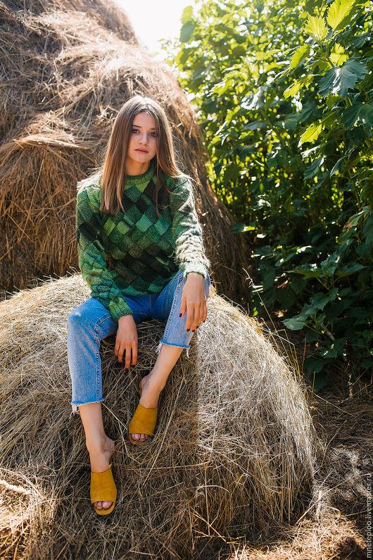 """Кофты и свитера ручной работы. Ярмарка Мастеров - ручная работа. Купить свитер """"энтрелак"""". Handmade. Тёмно-зелёный, вязание на заказ"""