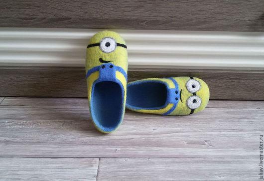 """Обувь ручной работы. Ярмарка Мастеров - ручная работа. Купить Детские тапочки """"Миньоны"""". Handmade. Желтый, шерсть 100%"""