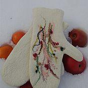 Варежки ручной работы. Ярмарка Мастеров - ручная работа Валяные варежки Красочный букет. Handmade.