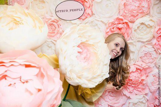 Свадебные цветы ручной работы. Ярмарка Мастеров - ручная работа. Купить Цветочная стена - фотозона. Handmade. Розовый, бумажные розы