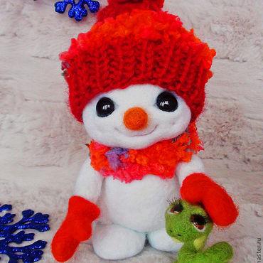Куклы и игрушки ручной работы. Ярмарка Мастеров - ручная работа Снеговик и змейка. Handmade.