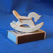 Куклы и игрушки ручной работы. Ярмарка Мастеров - ручная работа Деревянная лошадка-качалка для куклы. Handmade.