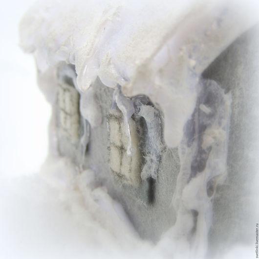 Украшение елочное ДОМИК с LED 1 шт 11 см в карт.кор стекло
