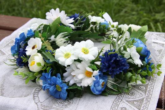 Диадемы, обручи ручной работы. Ярмарка Мастеров - ручная работа. Купить Венок на голову из цветов (бело-голубой). Handmade. Голубой